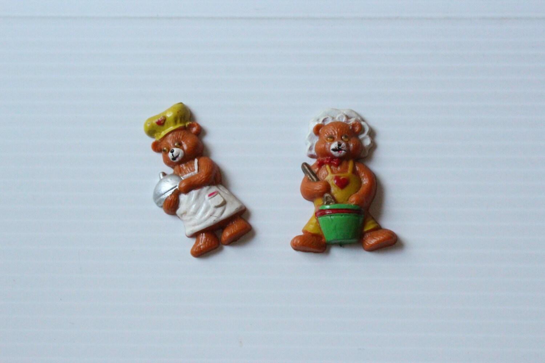 BEAR MAGNETS Vintage pair bear magnets refrigerator magnets
