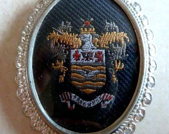 Vintage Embroidered  Brooch, Blackpool Brooch, Heraldic Style Brooch By Exquisite.