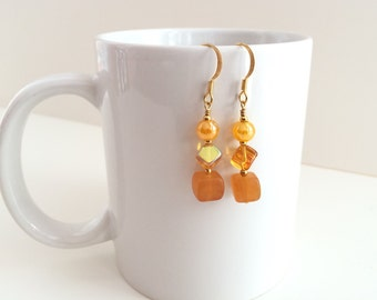 Yellow and orange earrings, gold dangle earrings. Orange and yellow gold drops. Bright yellow bead earrings. Gold drop earrings, gold dangle