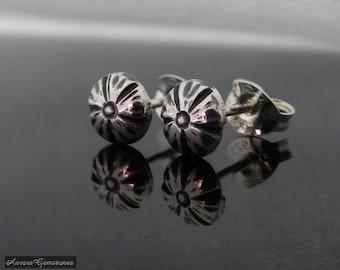 Small Sterling Silver Flower Stud Earrings, sterling studs, sterling silver stud earrings, flower earrings, flower ear studs