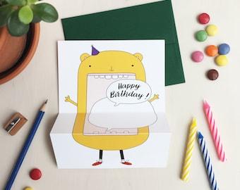 HAPPY BIRTHDAY! Bear unfolding greeting card