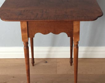 Tiger Maple side/lamp Table