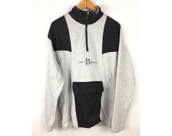 BANFF-CANADA Long Sleeve Sweatshirt Neck Zipper Medium Size With Small Pocket