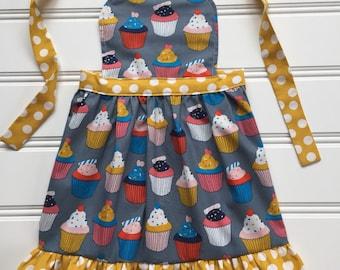 Cupcake Apron for Kids , Toddler Apron, Little Girl Apron, Kids Cooking Apron, Child Apron, Cooking School, Kid Apron, Yellow Apron