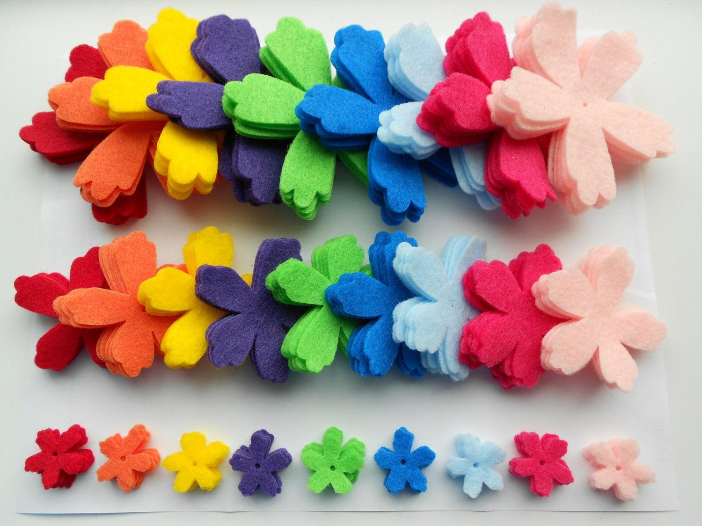 135 die cut out felt flower pieces 9 colors 3 sizes 5 of each 1500 izmirmasajfo