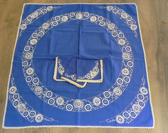 Hand Embroidered Navy and White small Rectangle Table Cloth Set