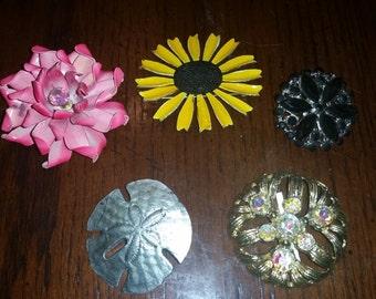Flower Brooches / Flower Brooch / Flower Pin / Brooch / Pin / Floral / Sand Dollar Brooch / Sunflower / Daisy / Christmas / Birthday / CIJ