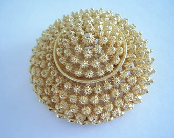 1950's Brooch Textured Cannetille style Gold Firework Sunburst display Raised Centre Domed Vintage Pin