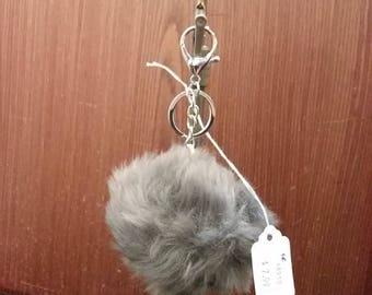 Pom Pom keychain- Grey