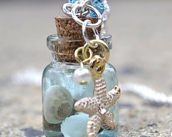 Beach Lovers Gift, Beach Jewelry, Beach Necklace, Beach Theme Gift, Gift Mom, Ocean Bottle Necklace, Beach Lover Gift, Seashell Necklace