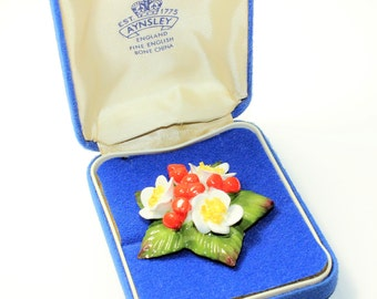 Aynsley China Flowers White Flowers and Red Berries Large Vintage Brooch in Original Box (c1960s)