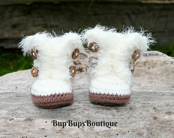 Cream Baby Girl Booties in a Gift Box Pram Shoes - Girl Winter Boots - Crochet Booties - Button Booties - Baby booties -Baby Gift