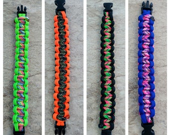 Paracord Bracelet- customizable with color and size