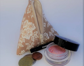 Triangel Pouch * Pyramid Pouch * Zippered Pouch * Zipper Pouch * Quilted Pouch * Quilted Purse * Cosmetic Bag