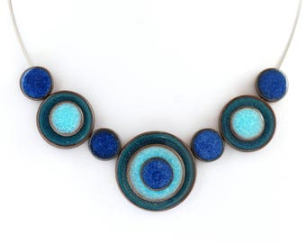 Necklace handcrafted ceramic - 'confetti' pattern trio of blue