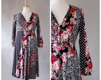 Vintage Dress / 90s Vintage Dress / 90s Boho Dress / Paisley Dress / Floral / Polka Dot / Rayon Dress / Black / White / Red / Size Small