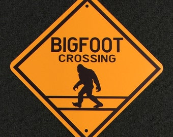 Bigfoot Crossing 16 inch by 16 inch point to point Metal Sign.  Bigfoot, Sasquatch, Wood Ape, Finding Bigfoot, Safari Signs