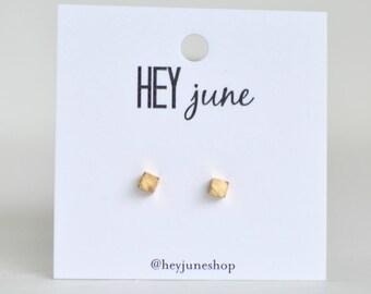 Gold Cube Earrings,  tiny cube earrings, cube earrings, silver cube earrings, minimalist earrings, cube stud earrings