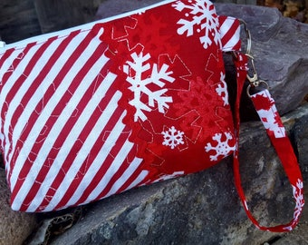 Snowflake Wristlet, Christmas Wristlet, Red Quilted Wristlet
