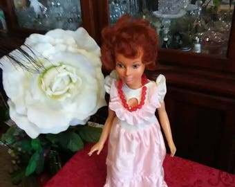 Vintage 1977 Ideal doll. Red head.