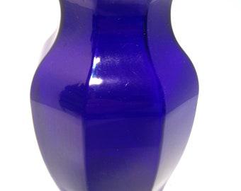 Vase, blue, cobalt, marked GGG 2999, Vintage Home Decor