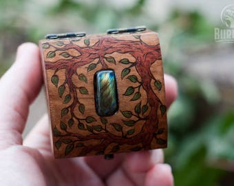 wooden box, jewelry box, custom box, keepsake box, casket, beautiful box, box for rings, labradorite, floral ornament, little box, tiny box