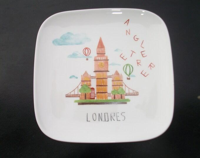 dessert plate / square / modern /peinte hand on porcelain / London