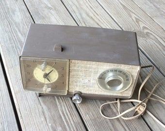 General Electric/Radio/Alarm Clock