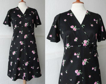 Cute Black 60s Vintage Dress With Pink Rose Print