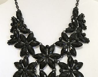 Black Chain with  Black Flowers  Necklace  / Black Chain  Black Flowers Bib Necklace