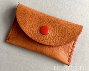 Card holder / slim wallet / coin case light honey Italian veg tanned leather. Hand stitched with red waxed thread. Gift under 20