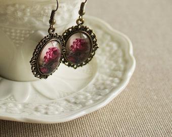 Ivory earrings - Victorian earrings - Cameo earrings - Vintage earrings - Oval earrings - Bronze earrings - Antique earrings