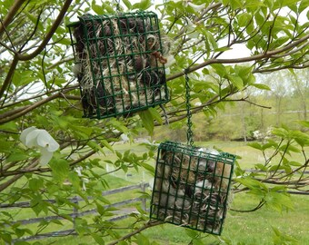 Wild Bird Nesting Material in Holder