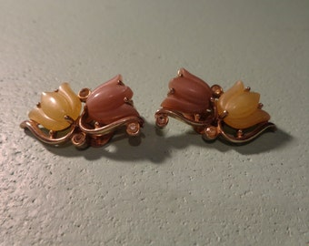 Flower  Thermoset  Clip On Earrings ***