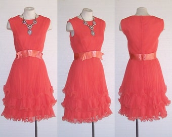 MISS ELLIETTE 60s Dress Vintage Orange Pleated w Lettuce Leaf Hems Garden Party M