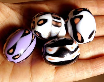 4 large Pearl rounded oval acrylic or acrylic bead bead 38g
