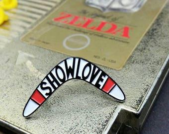 Show Love boomerang