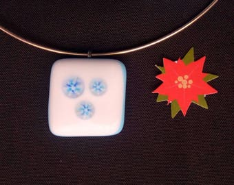 """""""Snow"""" fused glass necklace"""