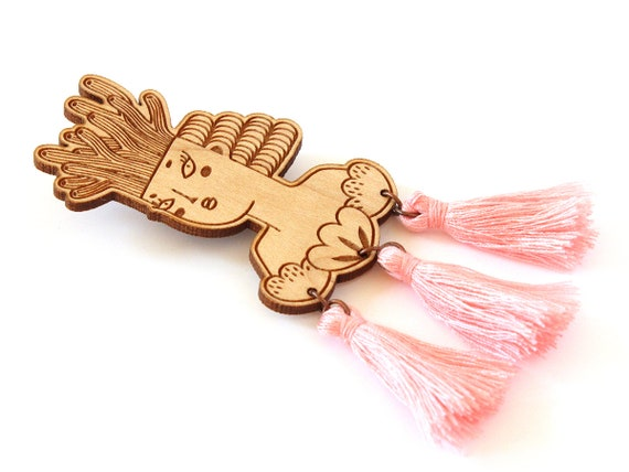 Mermaid brooch - wooden pin - baby pink tassels - woman with coral on her head and shells on her chest - lasercut jewelry - wood jewellery