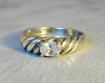 Vintage Ribbed Diamond Rhinestone Ring     Sterling Silver   Size 7 1/2