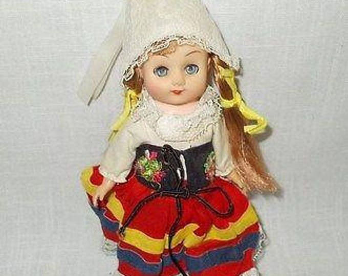 Vintage 60s (1965) Clone Vogue Ginny Doll Holland Far Away Lands Plastic Vinyl Doll Toy