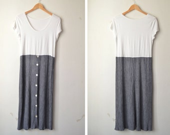 SALE // button down white and grey long maxi dress 90s // M-L