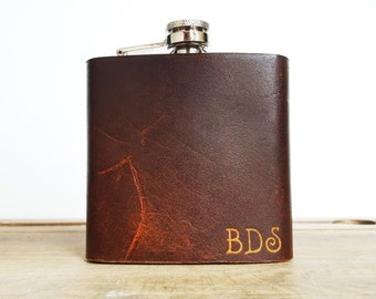 Custom Leather Flask, engraved hip flask, personalised wedding flask, customised birthday hip flask, groomsmen gift, rustic leather flask