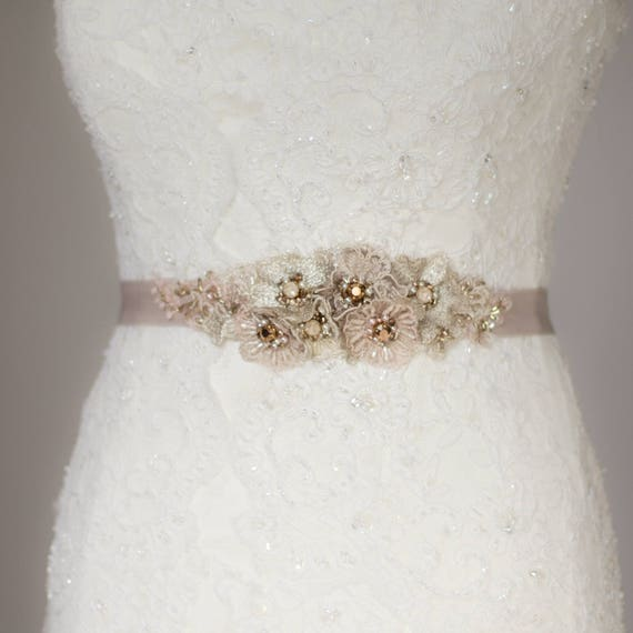 Wedding dress belt Lace Wedding belt Dusty pink belt Blush