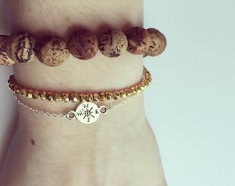 compass bracelet | not all those who wander are lost | wanderlust | travel | friendship bracelet | graduation gift | charm bracelet