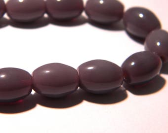10 glass beads oval - 11 x 8 mm purple violet-opaque glass bead - 1 K02
