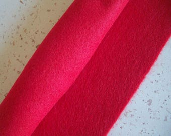 Red felt 30 x 22 cm washable, eco-friendly, recycled, soft - leaf