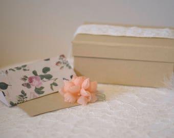 Silk flower hair comb | Peach silk flowers | Apricot fabric flowers | Wedding hair accessories | Bridal hair comb | Floral bridal comb