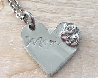 Mommy jewelry - Hand stamped necklace - Mother's necklace - Grandmother's necklace - Name Necklace - Custom gift - Personalized jewelry