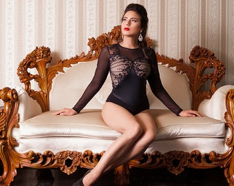 Elegant and luxury bodysuit made of cotton combined with elastic satin and tulle